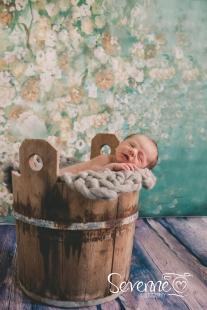 Vauva-1